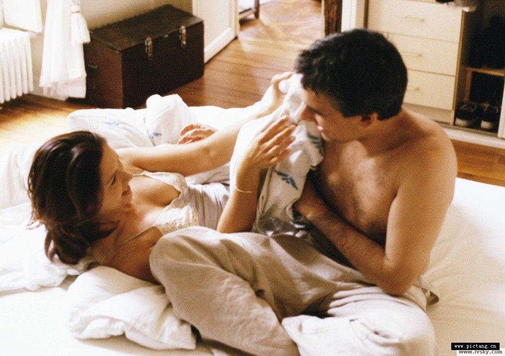兩性心理/男人最容易愛上什麼樣的女人?