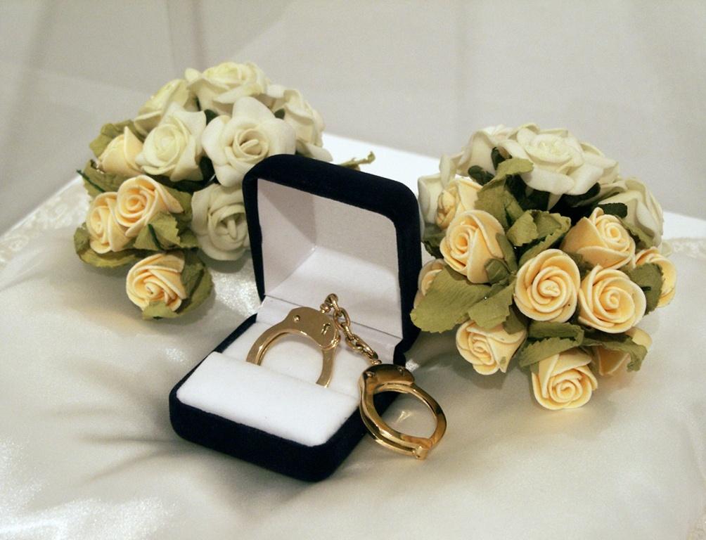 想要婚姻美滿幸福,女人必須學會調戲自己的老公。