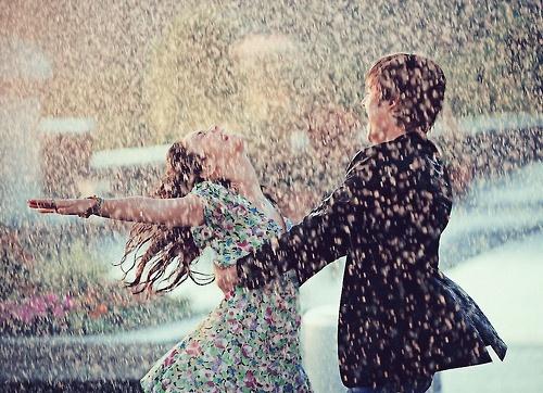 愛情是永不消逝的電波,我們在愛情裏都有的6個幻想。