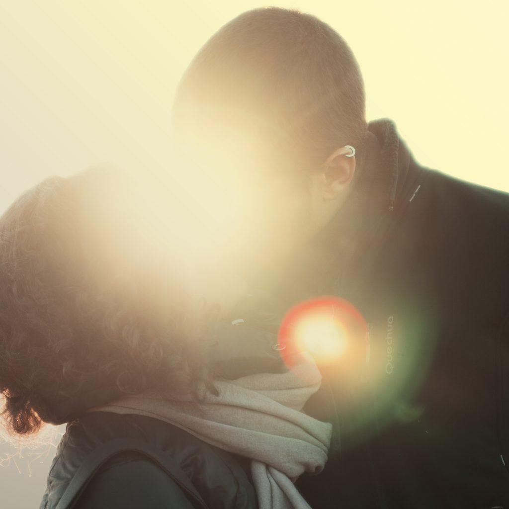 """花心未必付諸行動,婚姻倦怠期,如何讓他""""迷途知返""""。"""