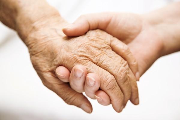 「我們是彼此丟不掉的行李,到哪都帶著」80歲夫妻到老都性福的恩愛秘訣