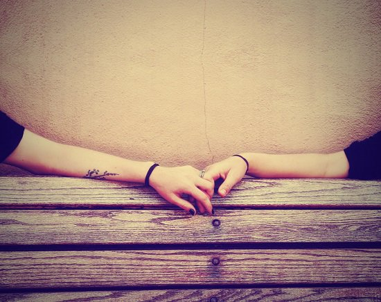 醫院裡的愛情故事:看著他身上的刀疤,誰說愛看不到、摸不著?(1)