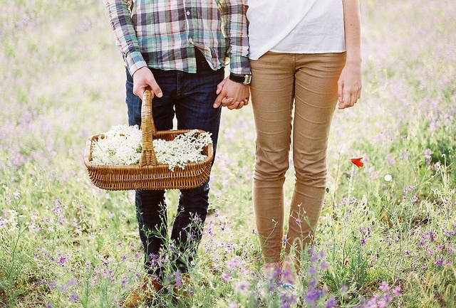 男人因性而生,女人為愛而活,男人女人加起來就是生活。