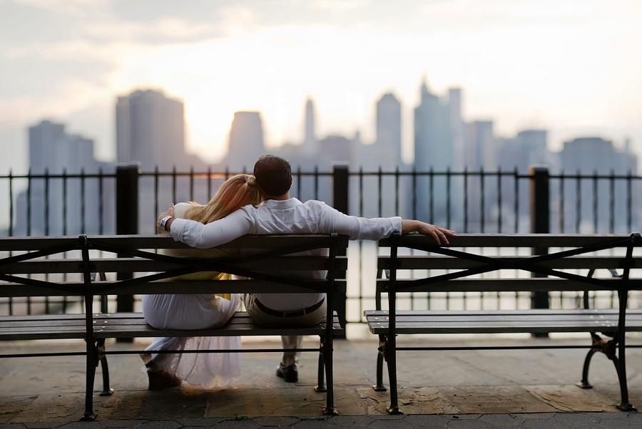 愛和喜歡是不一樣的,7個細節,檢驗男人愛你的程度。