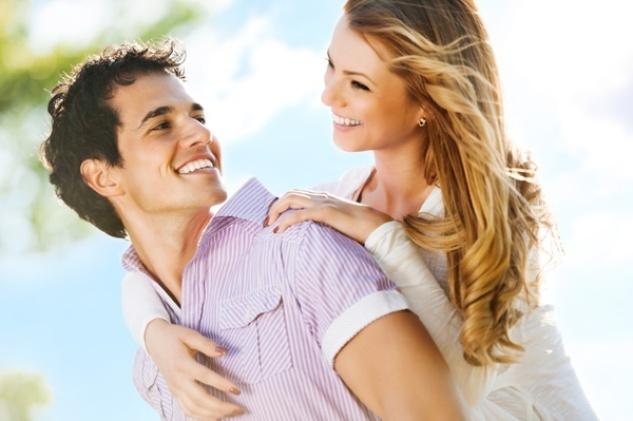 男人撒嬌,照樣女人也投降,揭秘男人撒嬌的最佳方式。